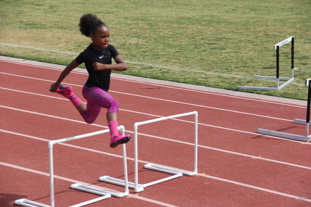 SirenaAlise Hurdle Clinic at Edison 3-22-2015 (2)