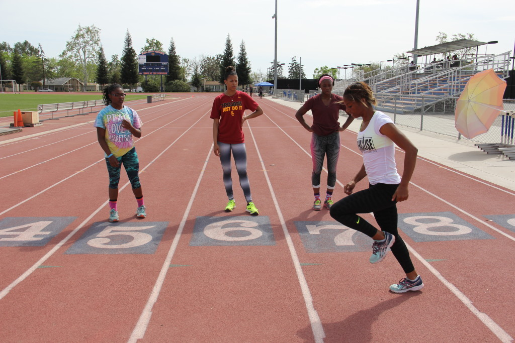 SirenaAlise Hurdle Clinic at FPU 3-22-2015 (52)